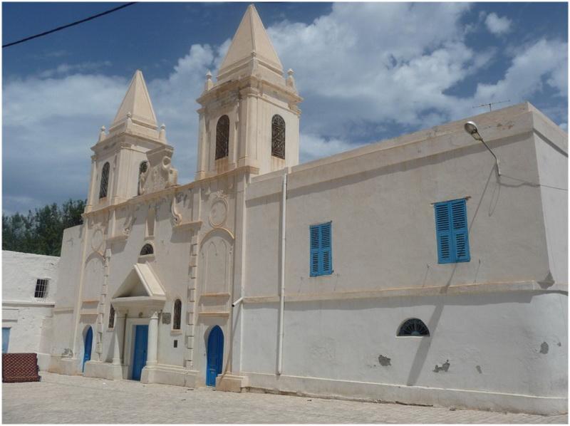 Eglise saint joseph djerba tunisie voyage tunisie - Office de tourisme djerba ...