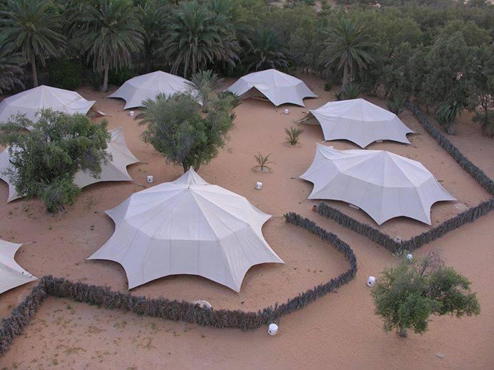 Campement Yadis Ksar Ghilane, Kébili